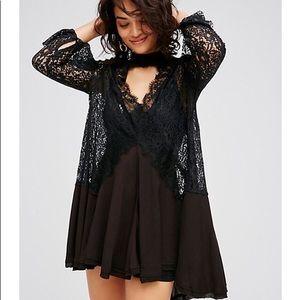 FREE PEOPLE LACE DRESS size XS BLACK